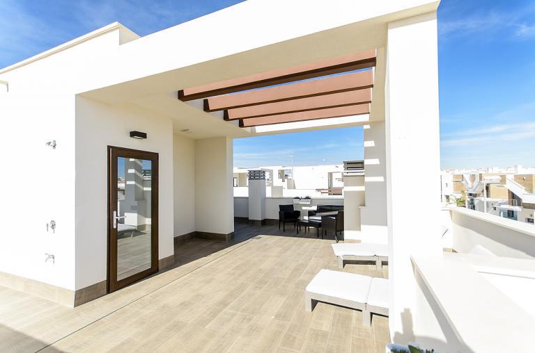 Zuidgelegen 3 slaapkamer 3 badkamer villa Ciudad Quesada in Nieuwbouw Costa Blanca