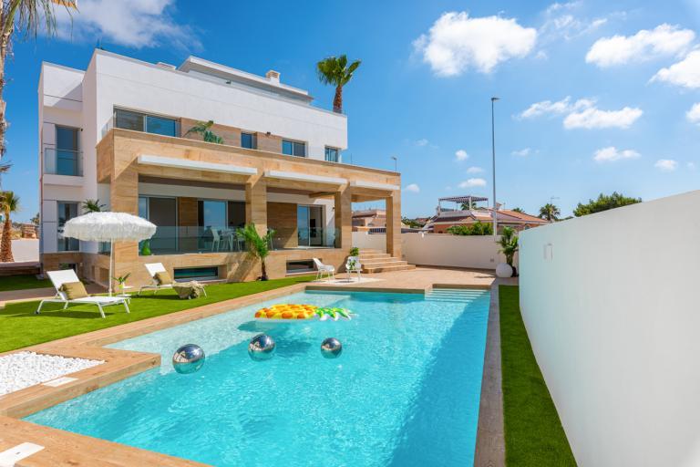 Prachtige exclusieve 4/3 moderne villa van 244m2 in Ciudad Quesada in Nieuwbouw Costa Blanca